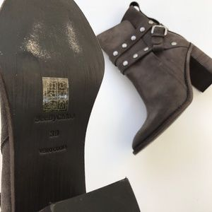 Chloe Shoes - Chloe Studded Ankle Boots 39